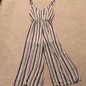 Super Trendy Vertical Striped Jumpsuit!!!